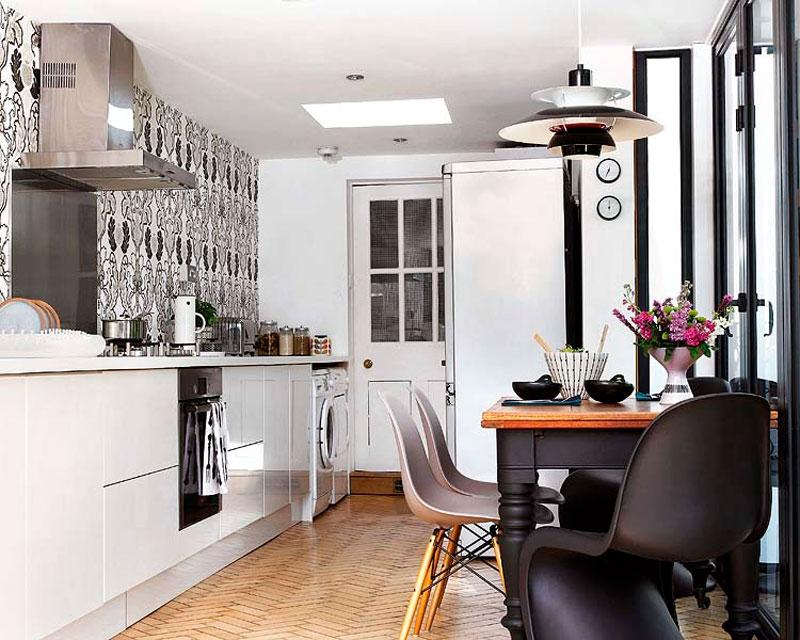 Размещение мебели на кухне, экономящее пространство