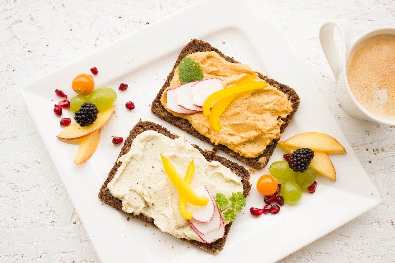Участники, которые занимались до завтрака, сжигали вдвое больше жира, чем те, кто занимался после того же приема пищи.