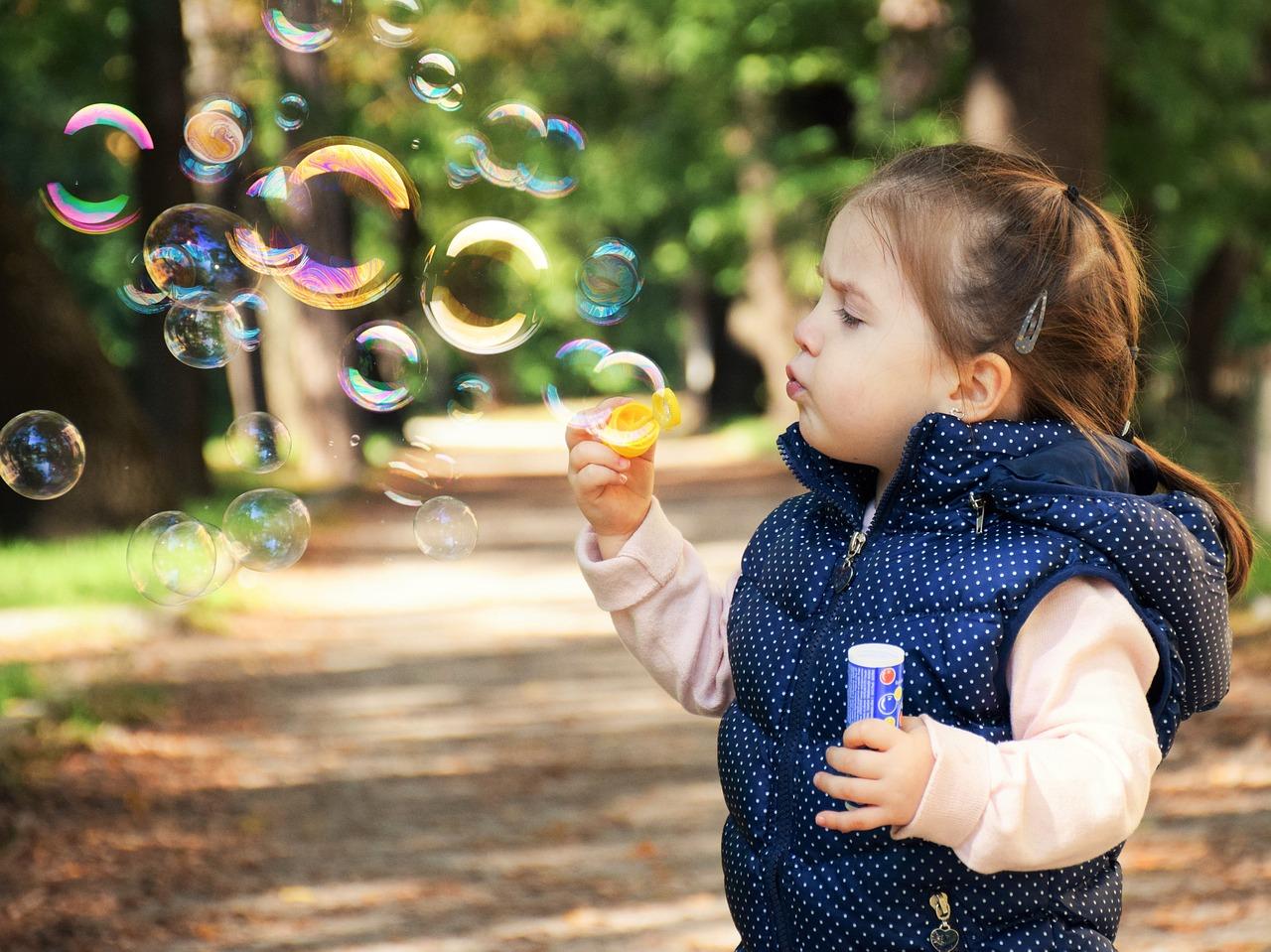 Что делать с гиперактивным ребенком. Гиперактивность это болезнь или нет?