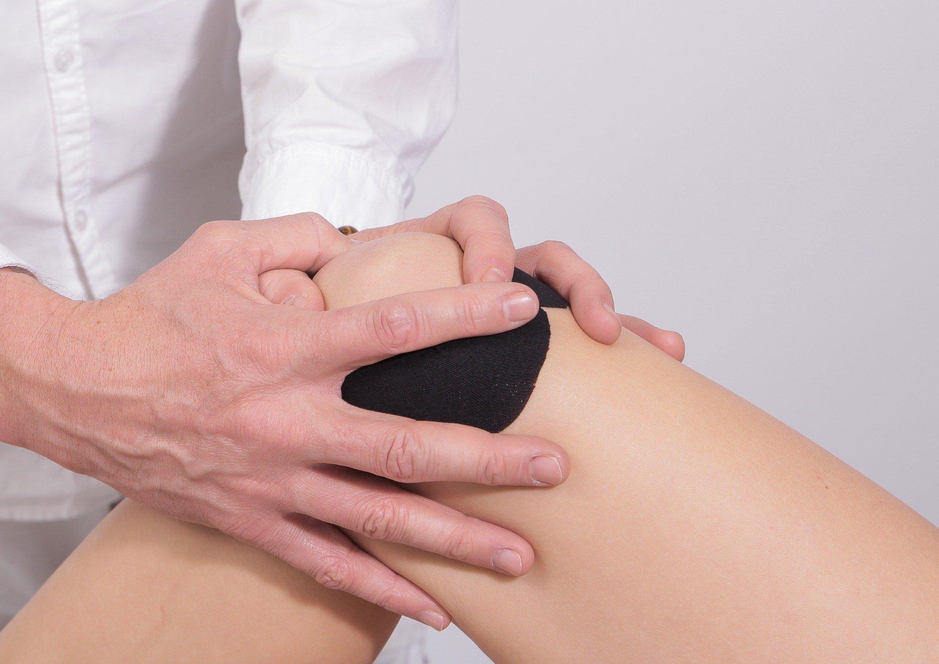 Почему болит колено: артрит или разрыв мениска