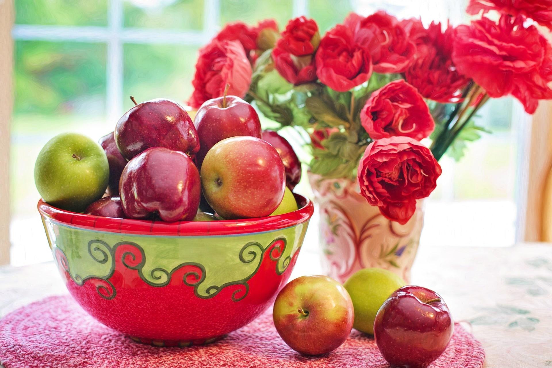 В яблоках мало углеводов
