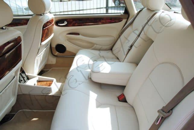 Перетяжка салона: мы вернем интерьеру вашего авто утраченную презентабельность и комфорт