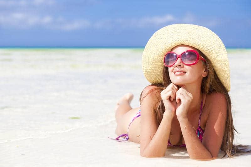 Почему летом косметика не работает?