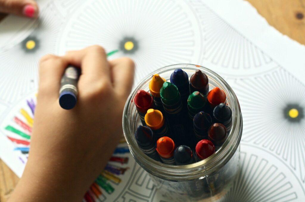 Как увлечь ребенка творчеством