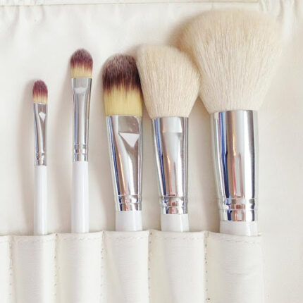 Контуринг лица: какие кисти для макияжа выбрать