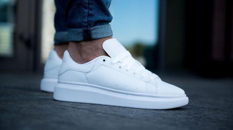 Как отмыть белый кроссовки