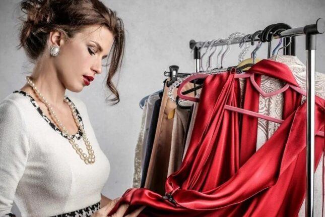 Какие платья должны быть гардеробе